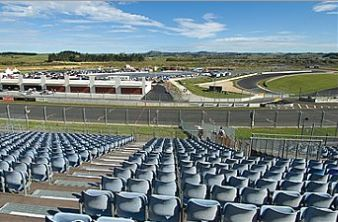 HAMPTON DOWNS SAFETY BARRIER